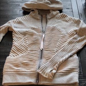Lululemon cable knit zip up hoodie size 6